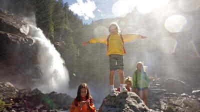 kids at the waterfalls